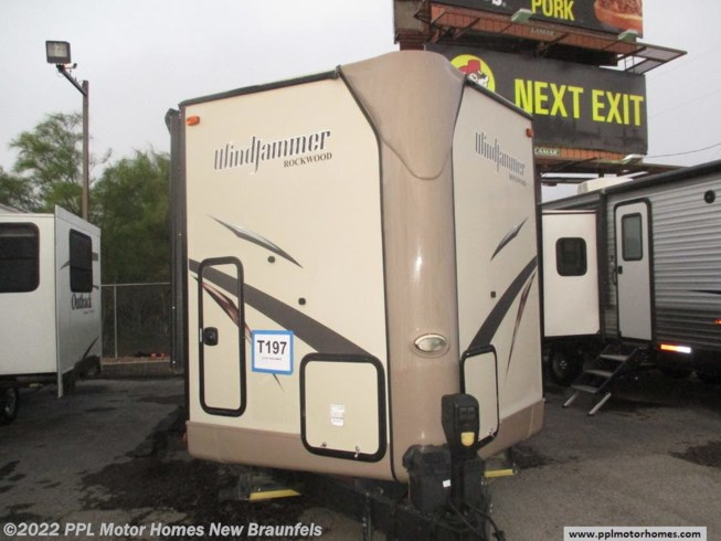 Used 2016 Rockwood Windjammer 3006WK available in New Braunfels, Texas