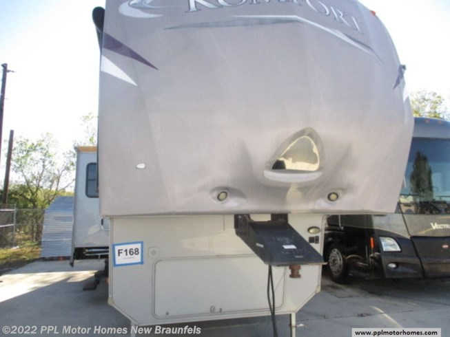 Used 2012 Dutchmen Komfort 3230FRK available in New Braunfels, Texas