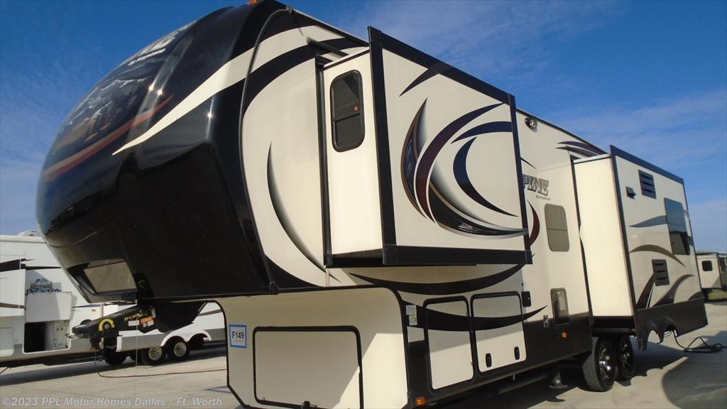 2015 Keystone RV alpine