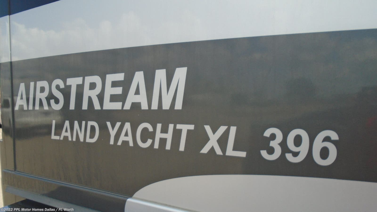 2005 Airstream RV Land Yacht Xl 396 for Sale in Cleburne, TX 76033 | D128CL