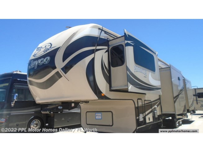 Used 2015 Jayco Pinnacle 38FLSA available in Cleburne, Texas