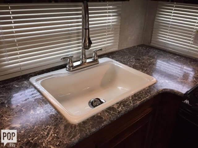 Florida For Sale  Laredo Travel Trailer