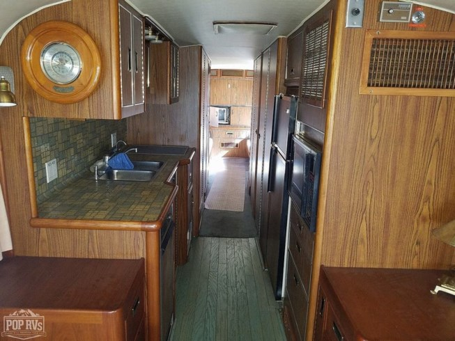 Used 1969 MCI MCI 40 Challenger available in Tampa, Florida