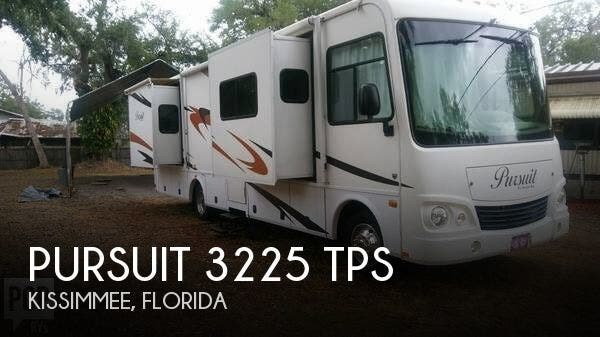 Used 2007 Georgie Boy Pursuit 3225 TPS available in Kissimmee, Florida