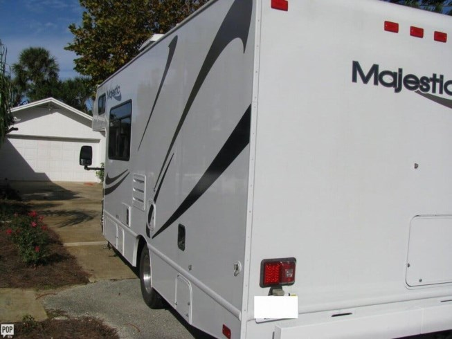 Used 2014 Four Winds Majestic 23U available in New Smyrna Beach, Florida, Florida