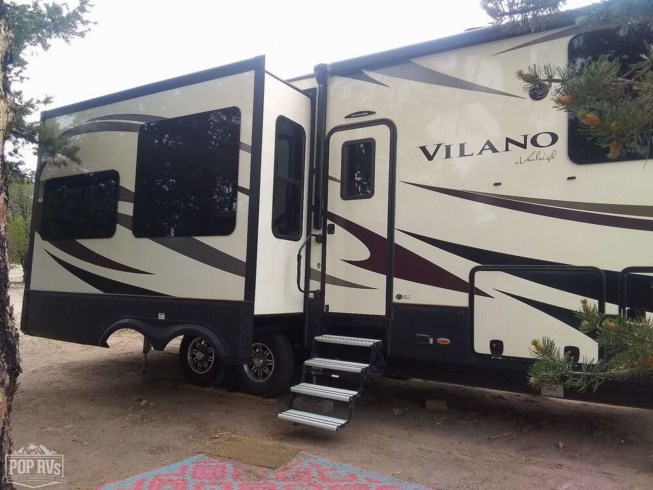 2017 Vilano 325RL by Vanleigh from POP RVs in Datil, New Mexico
