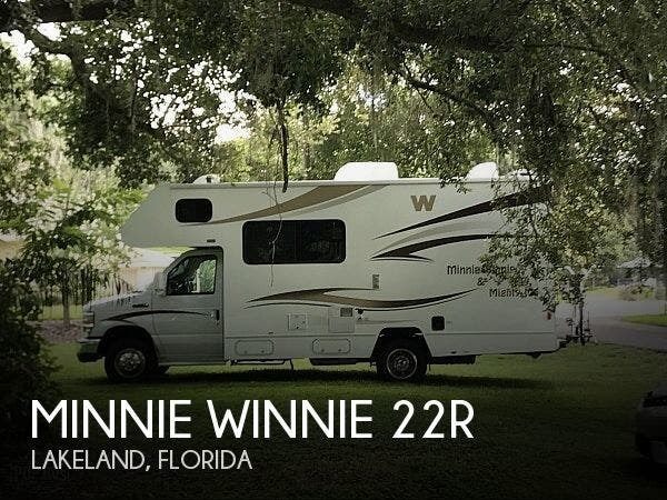 Used 2015 Winnebago Minnie Winnie 22R available in Lakeland, Florida