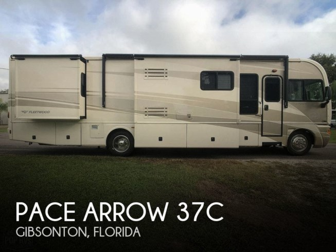 Used 2005 Fleetwood Pace Arrow 37C available in Gibsonton, Florida