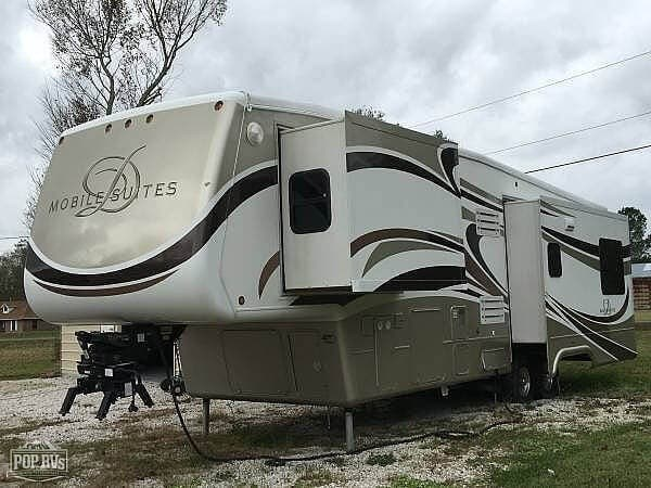 Used 2009 DRV Mobile Suites 36RE3 available in Zachary, Louisiana
