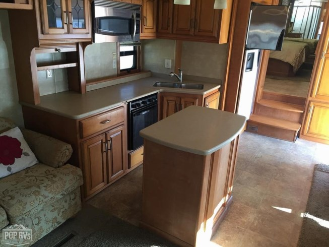 2009 Mobile Suites 36RE3 by DRV from POP RVs in Zachary, Louisiana