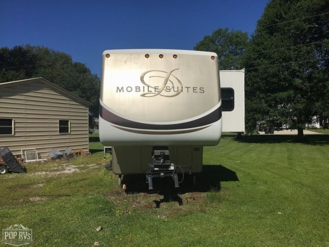 2009 DRV Mobile Suites 36RE3 - Used Fifth Wheel For Sale by POP RVs in Zachary, Louisiana features Air Conditioning, Awning, Leveling Jacks, Slideout