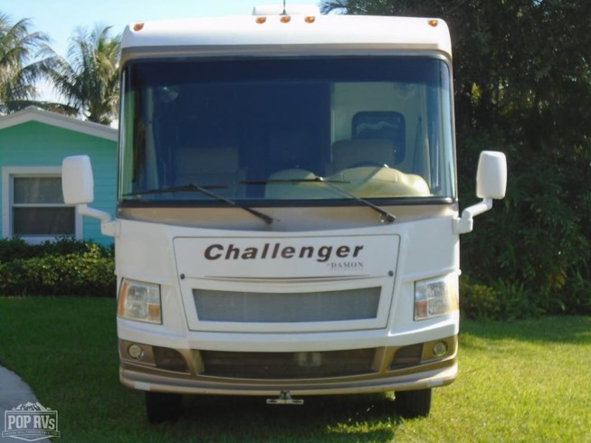 2011 Challenger 348 by Damon from POP RVs in West Palm Beach, Florida