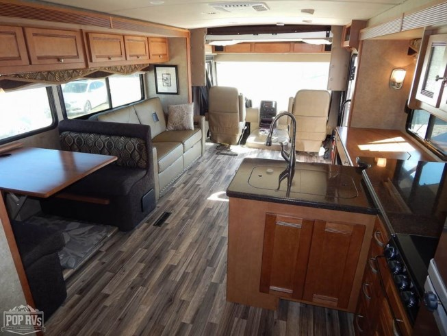 2017 Winnebago Sightseer 36Z - Used Class A For Sale by POP RVs in Venice, Florida features Air Conditioning, Awning, Generator, Leveling Jacks, Slideout