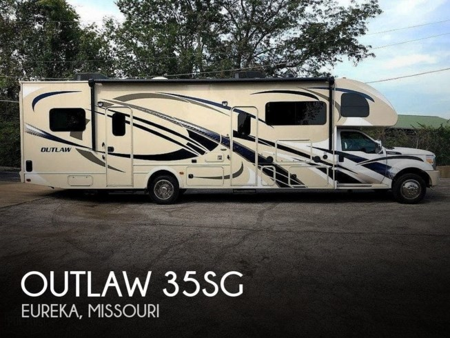 Used 2014 Thor Motor Coach Outlaw 35SG available in Eureka, Missouri
