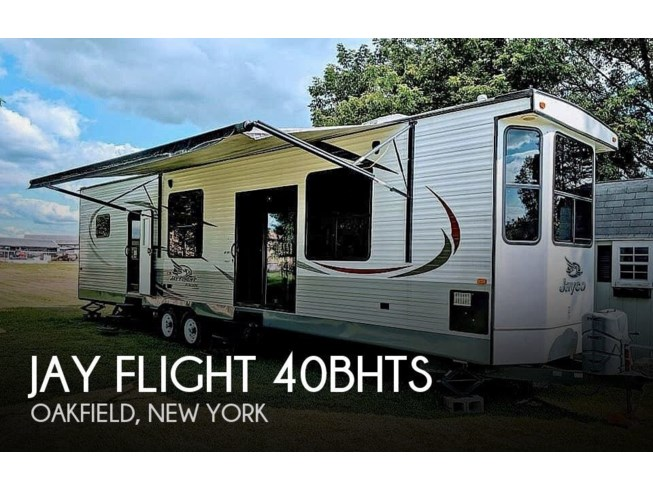 Used 2015 Jayco Jay Flight 40BHTS available in Oakfield, New York