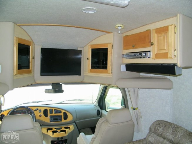 2008 M-2350 by Phoenix Cruiser from POP RVs in Punta Gorda, Florida