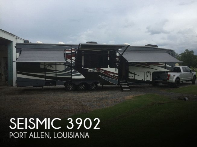 Used 2014 Jayco Seismic 3902 available in Port Allen, Louisiana