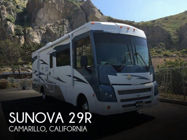Used 2008 Itasca Sunova 29R available in Camarillo, California