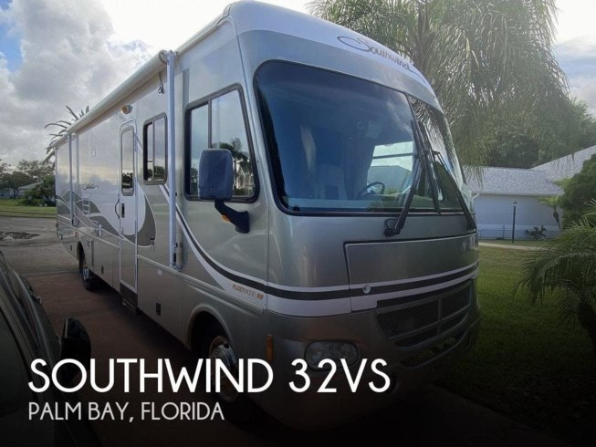 Used 2004 Fleetwood Southwind 32VS available in Palm Bay, Florida