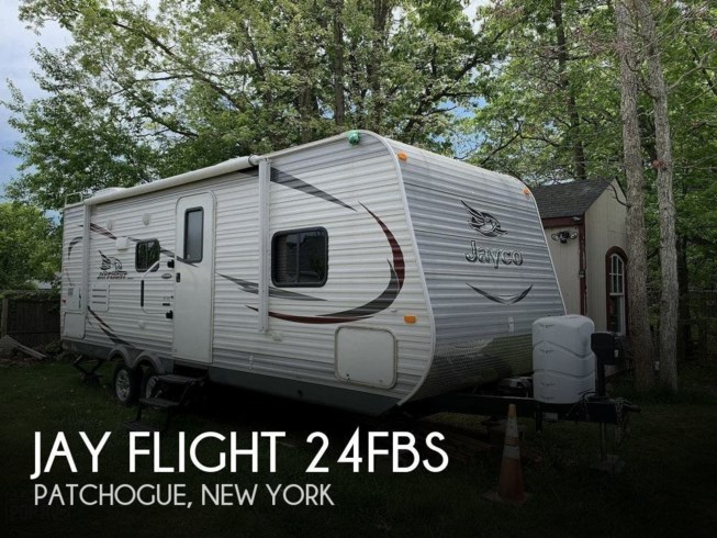 Used 2015 Jayco Jay Flight 24FBS available in Patchogue, New York