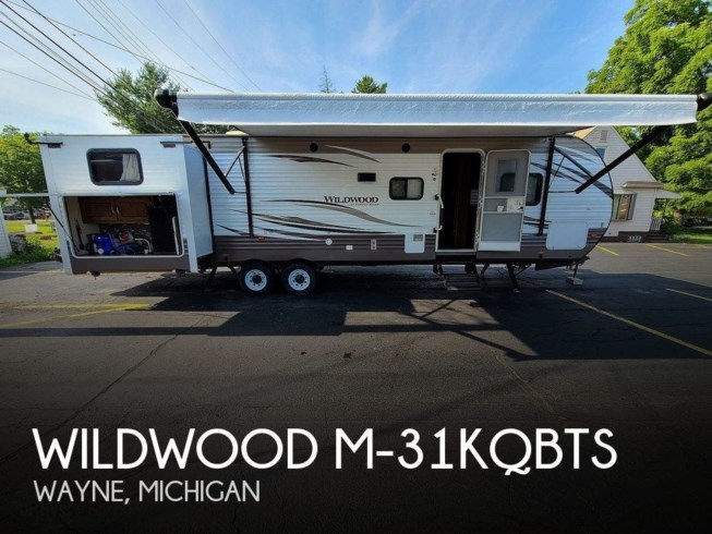 Used 2018 Forest River Wildwood M-31KQBTS available in Wayne, Michigan