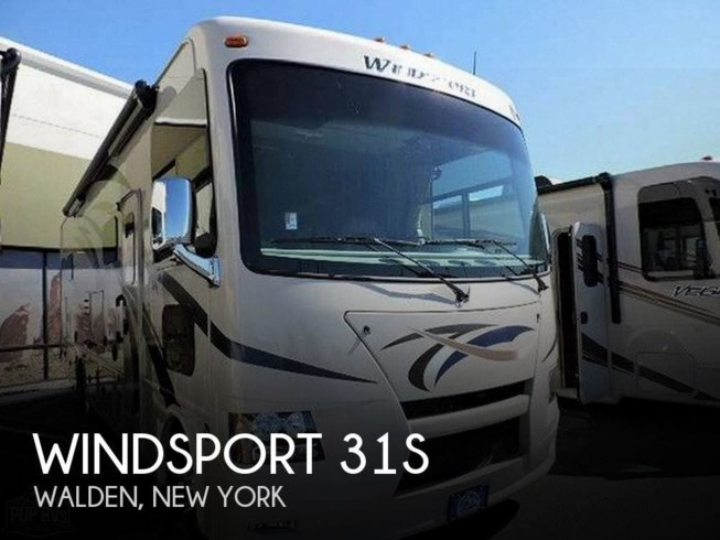 Used 2015 Thor Motor Coach Windsport 31S available in Walden, New York