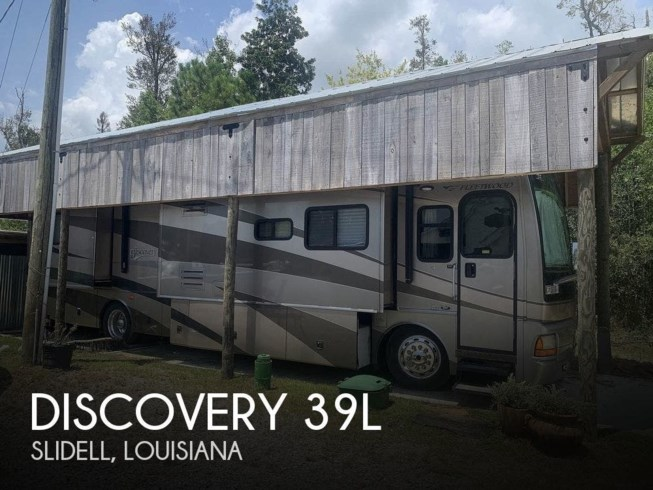Used 2005 Fleetwood Discovery 39L available in Slidell, Louisiana