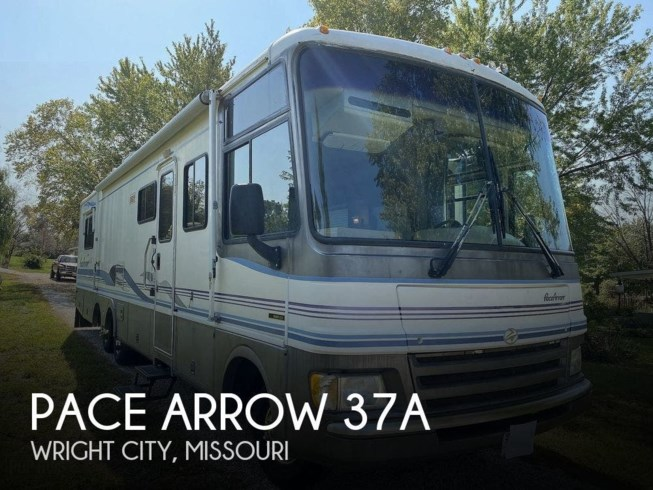 Used 1998 Fleetwood Pace Arrow 37A available in Wright City, Missouri