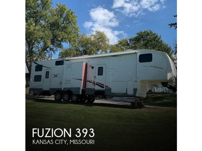 Used 2009 Keystone Fuzion 393 available in Kansas City, Missouri
