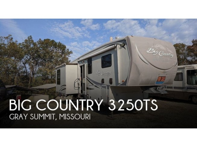 Used 2012 Heartland Big Country 3250TS available in Gray Summit, Missouri