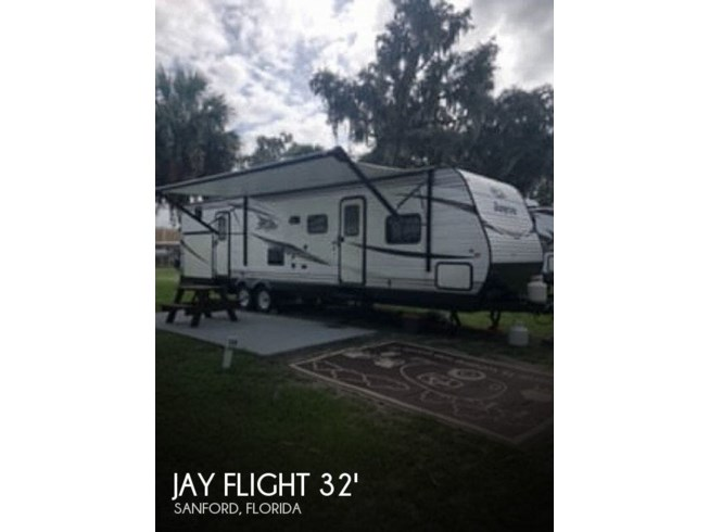 Used 2019 Jayco Jay Flight SLX 324BDS available in Sanford, Florida