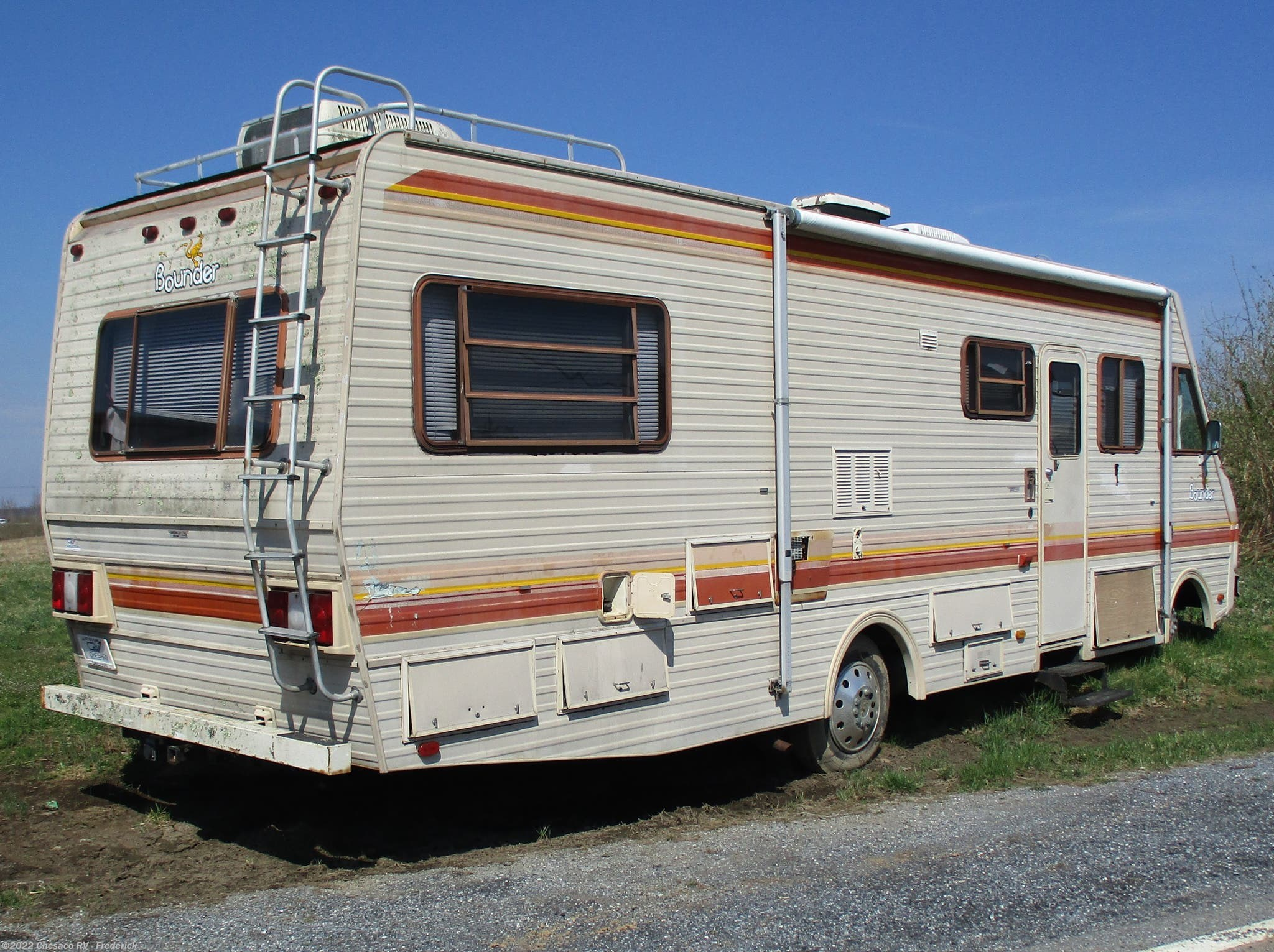 1986 Fleetwood RV Bounder 34SB for Sale in Frederick, MD