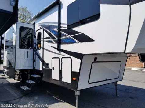 New 2019 Dutchmen Voltage V3655 For Sale by Chesaco RV - Frederick available in Frederick, Maryland