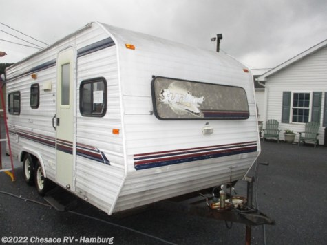 Used 2001 Sunline Solaris Lite 1950 For Sale by Chesaco RV - Shoemakersville available in Shoemakersville, Pennsylvania