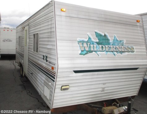 Used 2003 Fleetwood Wilderness 25J For Sale by Chesaco RV - Shoemakersville available in Shoemakersville, Pennsylvania