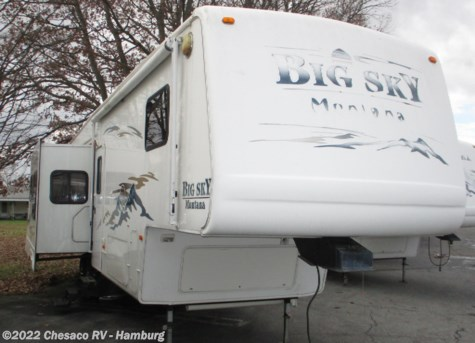 Used 2002 Keystone Montana 3670RL For Sale by Chesaco RV - Shoemakersville available in Shoemakersville, Pennsylvania