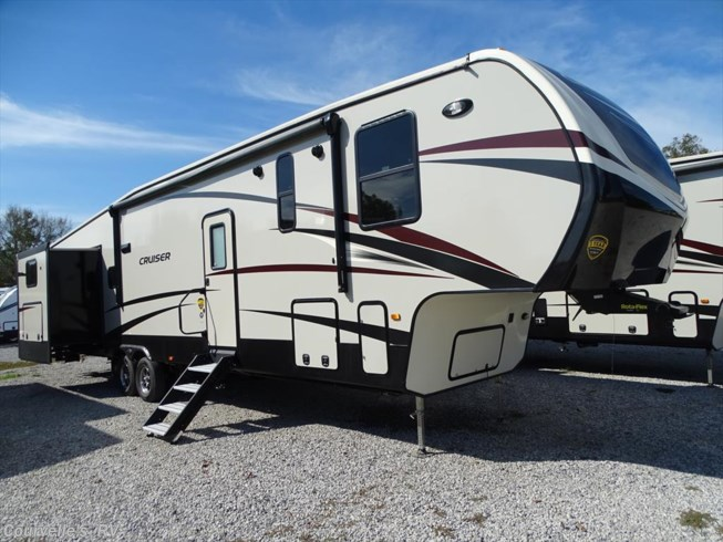 2018 CrossRoads Cruiser CR3821BH