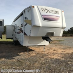 Used 2009 Coachmen Wyoming  338 RLQS For Sale by Calvin Country RV available in Depew, Oklahoma