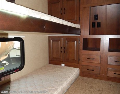J9825 2015 Jayco Eagle 31 5fbhs Two Bedroom Double