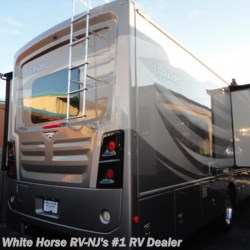White Horse RV Center (Galloway Twp) 2017 Bounder 36Y L-Lounge Triple Slideout  Class A by Fleetwood | Egg Harbor City, New Jersey
