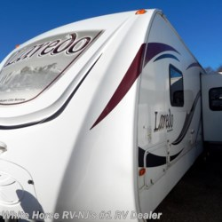 2011 Keystone Laredo 293RK  - Travel Trailer Used  in Egg Harbor City NJ For Sale by White Horse RV Center (Galloway Twp) call 609-404-1717 today for more info.