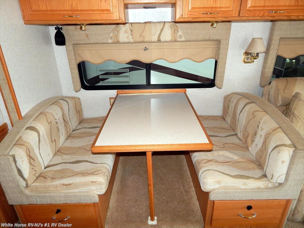 2002 Itasca Rv Suncruiser 37g Queen Bed Sofa Dinette