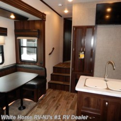 White Horse RV Center (Williamstown) 2018 Talon 313T Front Queen w/U-Dinette Slideout  Fifth Wheel by Jayco | Williamstown, New Jersey