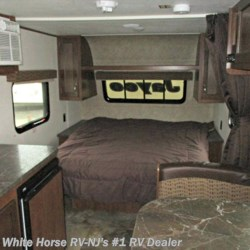 2017 Jayco Jay Flight SLX 195RB  - Travel Trailer Used  in Egg Harbor City NJ For Sale by White Horse RV Center (Galloway Twp) call 609-404-1717 today for more info.