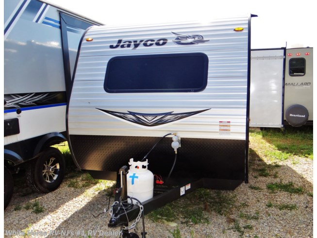 New 2020 Jayco Jay Flight SLX 183RB Queen w/Rear Bath & Dinette Slideout available in Williamstown, New Jersey