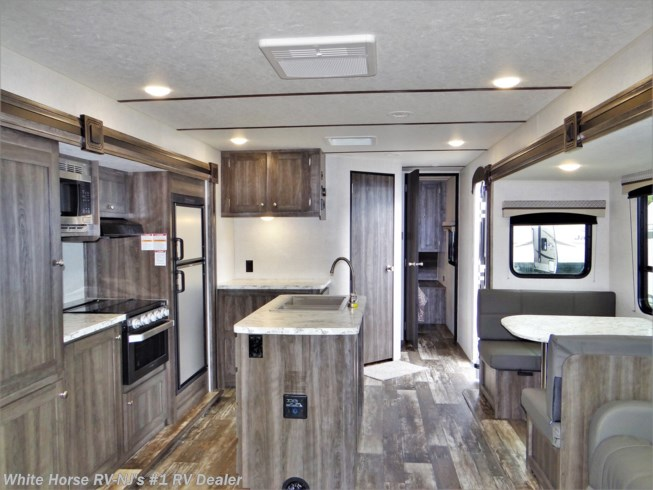 2020 Autumn Ridge Outfitter 27RLI Rear Sofa Dbl. Slideout by Starcraft from White Horse RV Center (Williamstown) in Williamstown, New Jersey