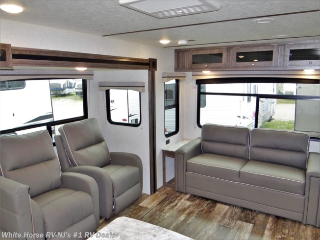 New 2020 Starcraft Autumn Ridge Outfitter 27RLI Rear Sofa Dbl. Slideout available in Williamstown, New Jersey