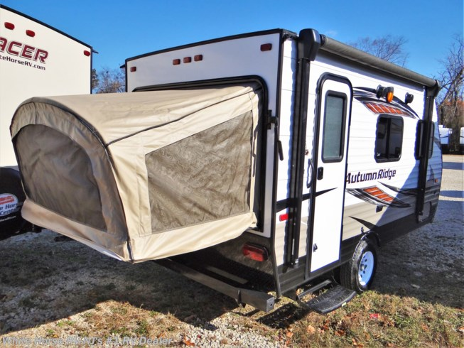 Used 2018 Starcraft Autumn Ridge Outfitter 15RB Front Dinette/Bed, Rear Queen Bed End available in Williamstown, New Jersey