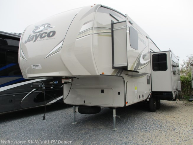 New 2020 Jayco Eagle HT 28.5RSTS Island Kitchen Triple Slide available in Williamstown, New Jersey