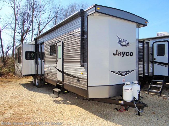 New 2020 Jayco Jay Flight Bungalow 40FBTS Front Bathroom Triple Slide available in Williamstown, New Jersey